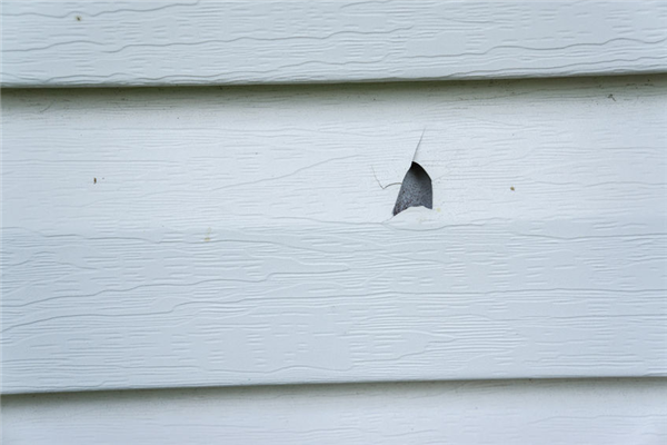 The Post-Winter Inspection: How to Inspect Your Siding After the Cold Months